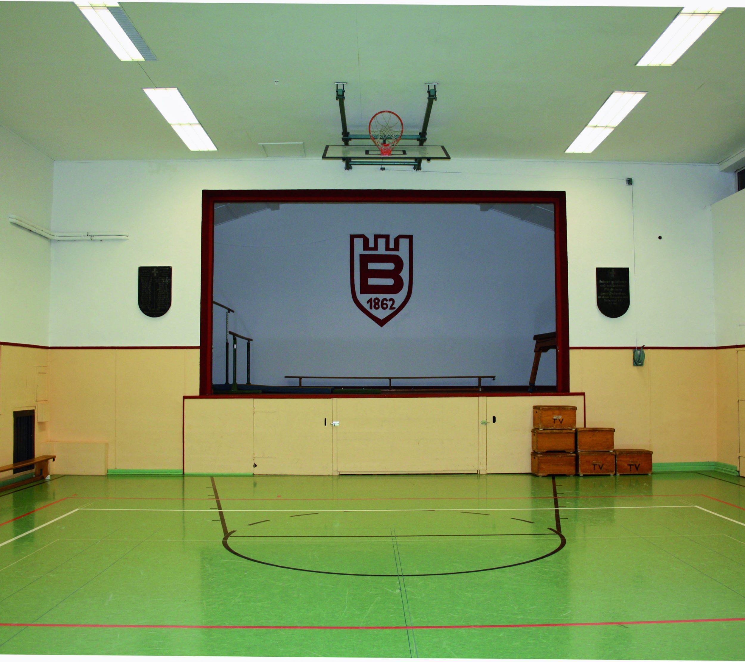 TVB Jahn-Halle in Biedenkopf | Blick auf die Bühne